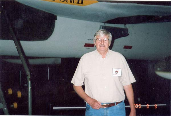 Jim Gagnon in front of F-105 #60-0504.